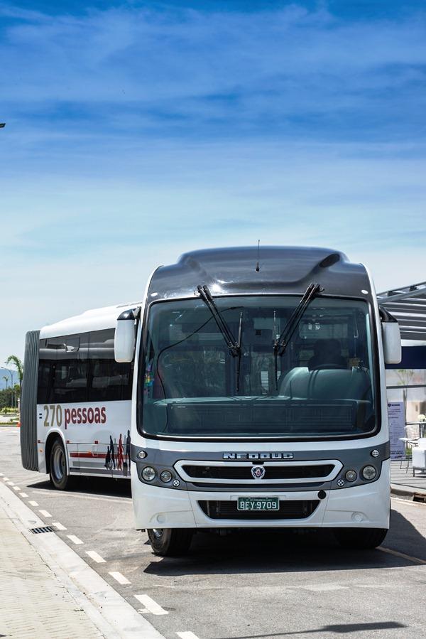 Biarticulado_Scania_2